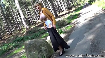 Lady, Forest