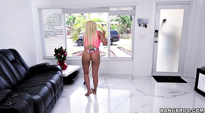 Kitchen, Luna star, Latina maid