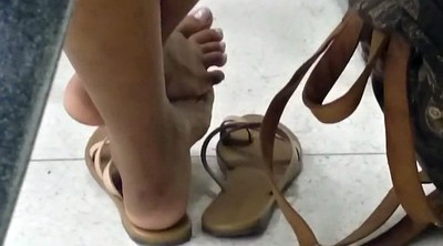 Shoe, Candid feet, Candid, In class, Shoe fetish, Milf foot