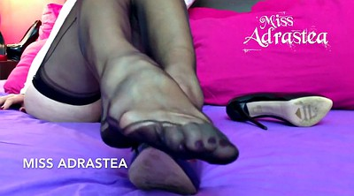 Nylon feet, Miss adrastea, Miss