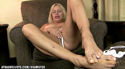 Mature, Mature feet, Mature foot, Feet mature