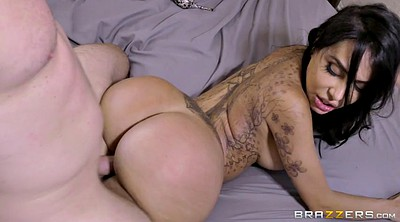 Lela star, Latina doggy