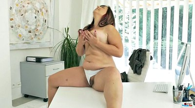 Mature solo, Chubby mature