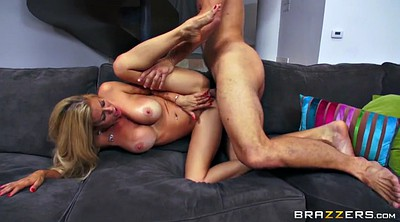 Alexis fawx, Butts