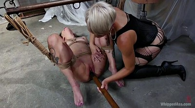 Strapon femdom, Lesbian strapon bdsm, Contraction