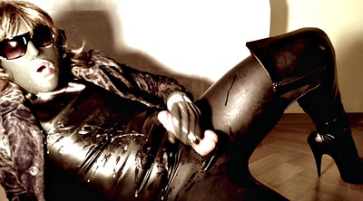 Latex, Transvestite, Cum covered