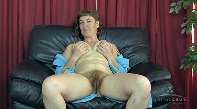 Hairy mature masturbation