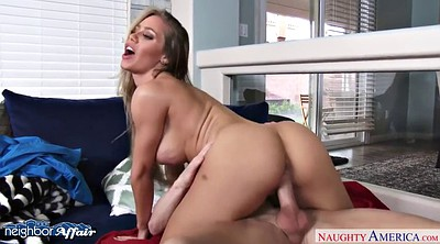 Nicole aniston, Neighbor