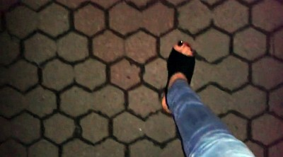High heels, High-heeled, Footing