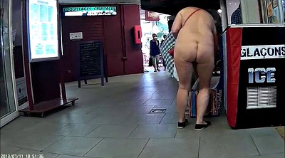 Shopping, Nudism