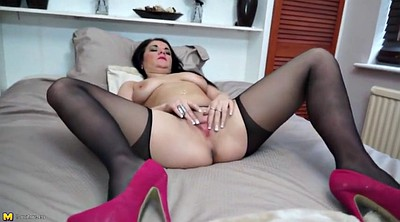 Naughty mom, Feeding, Mature mom, Feed