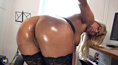 Moms, Mom ass, Sexy mom, Mom sexy, Mature ass, Lingerie mom