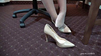 Pantyhose foot, Pantyhose feet, Laura, Foot feet, Shoeplay
