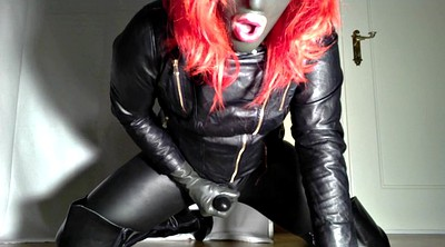 Leather, Crossdresser