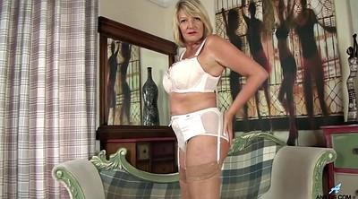Mature masturbating, Cougar, Grannies
