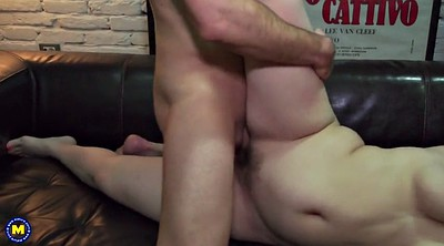 Mom, Young pussy, Young hairy, Old hairy, Mom pussy, Chubby mom
