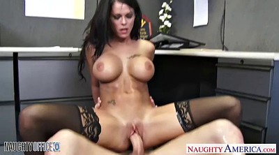 Boss, Boobs cumshot
