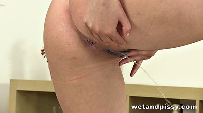 Pee, Squirt, Squirting, Squirt dildo, Dildo hd, Cute young