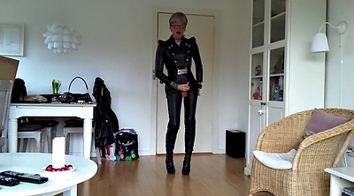Gay leather, Gay sissy