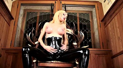Mistress t, Rubber