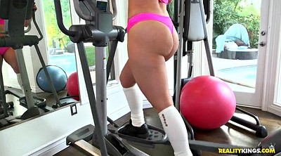 Gym, Ass worship