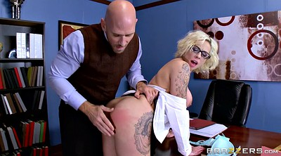 Pussy, Lick pussy, Harlow harrison, Spanking ass, Dean