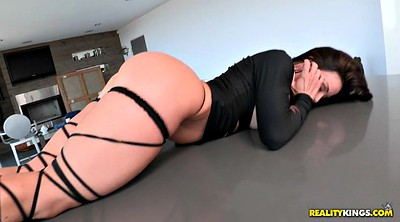 Kendra lust, Curve solo