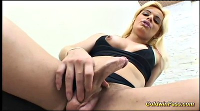 Skinny anal, Transsexuals