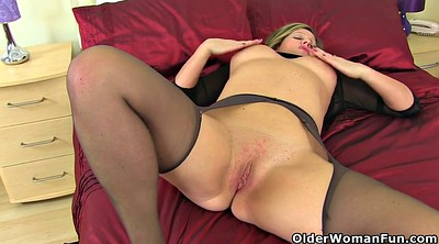 Nylon, Mature nylon, Ebony mature, Mature pantyhose, Thigh, British milf