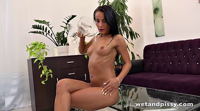 Pee, Video, Dildo hd