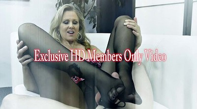 Julia ann, Feet slave