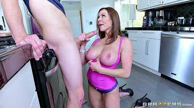 Kendra lust, Squeezing, Cloth