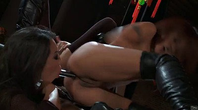 Asian lesbians, Licking pussy