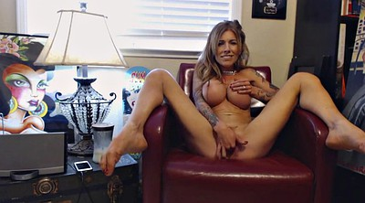 Solo milf, Young solo