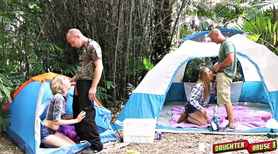 Arm, Camping