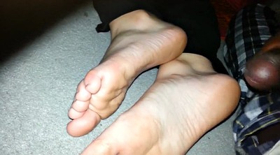 Cum feet, Cum on feet