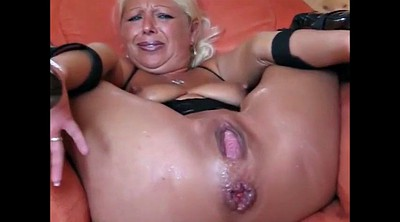 Squirt, Pee, Mature squirting