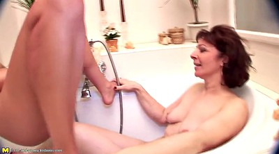 Daughter, Peeing, Old and young lesbian, Mother and daughter, Mother and daughter lesbian, Mature pee
