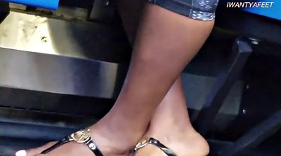 On bus, Feet fetish