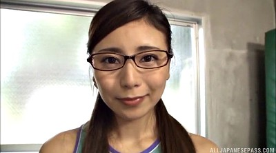 Hitomi, Asian glasses