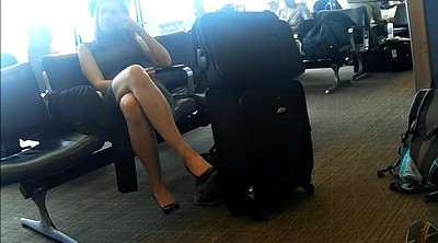Candid, Airport