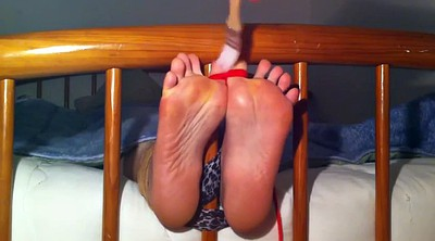 Tickle, Tickling, Tickle nylon, Nylon feet, Tickling feet