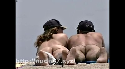 Nudism, Nude beach