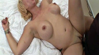 Mom, Mom handjob, Handjob mature