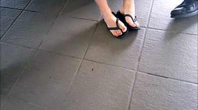 Candid, Foot fetish