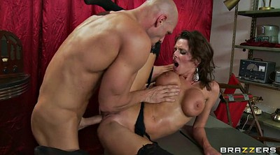 Hot, Veronica avluv