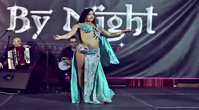 Celebrity, Dancing, Belly dance