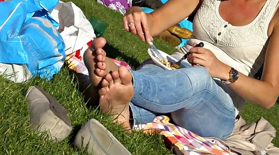 Park, Candid, Dirty feet, Candid feet