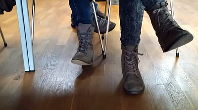 Boot, Candid