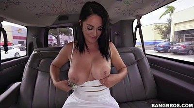 Huge boob, The bus